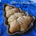 Pane rapido alle olive e rosmarino e Auguri!!