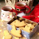 Tanti auguri e i biscotti per Babbo Natale..