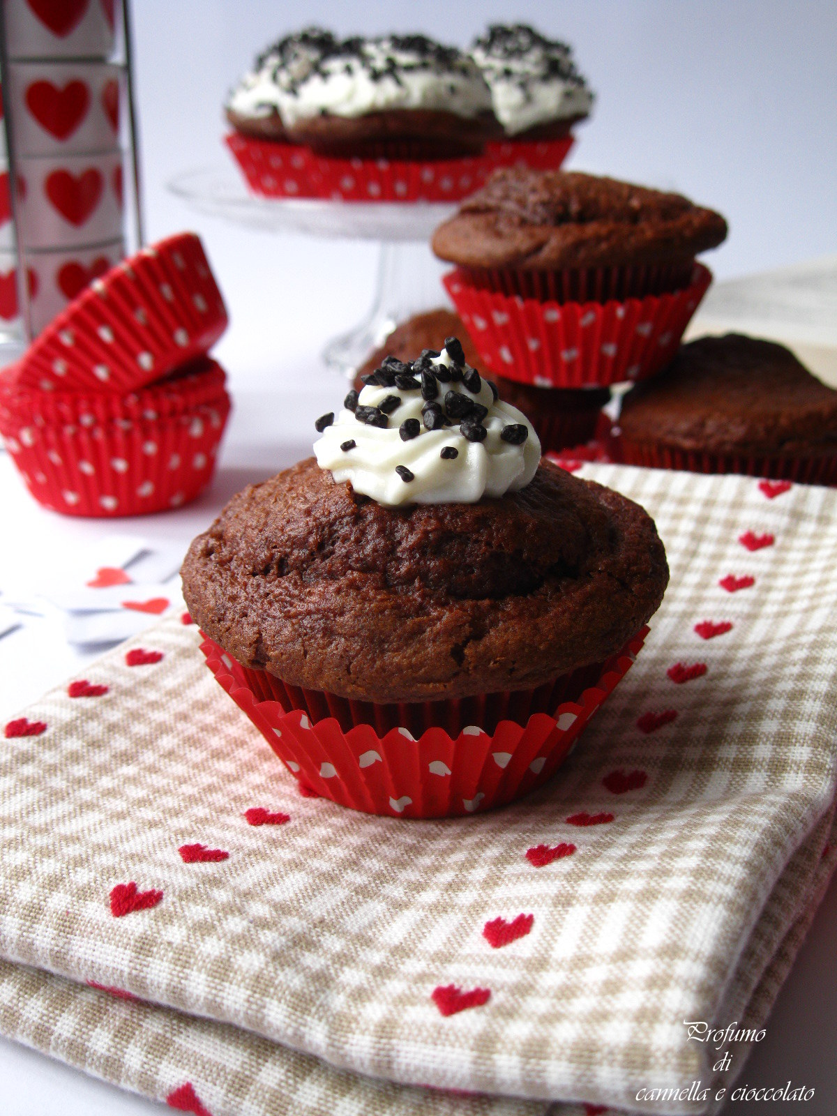 Cupcake alla rapa rossa con crema alla ricotta e nutella (2)