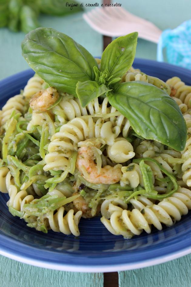 1fusilli con zucchine pesto e gamberetti 2