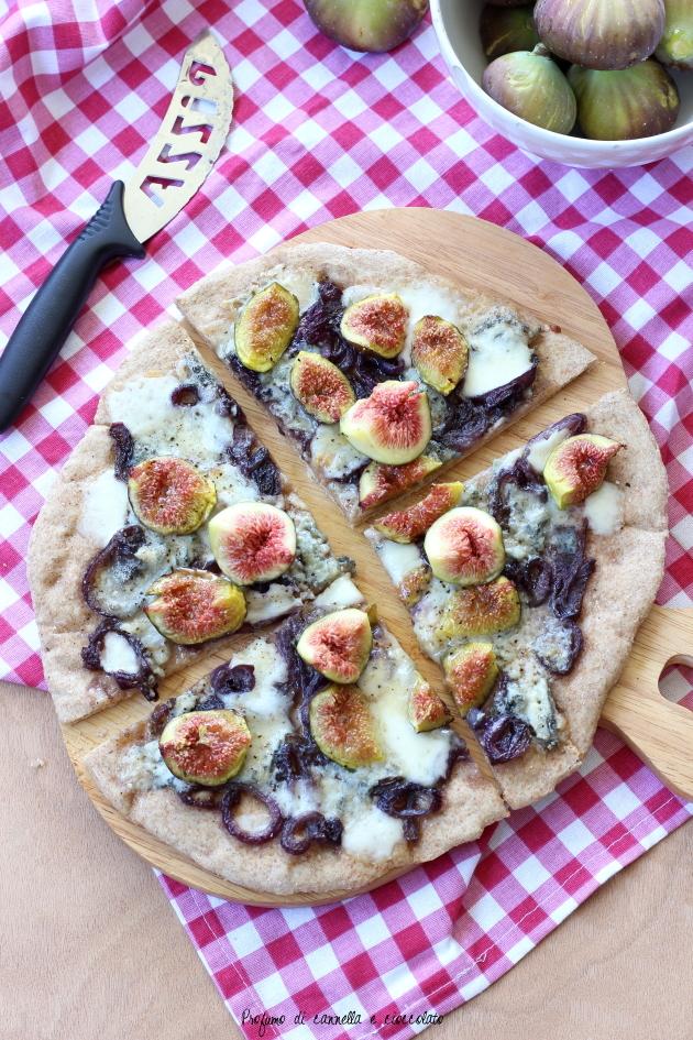pizza fichi gorgonzola e cipolle caramellate (1)