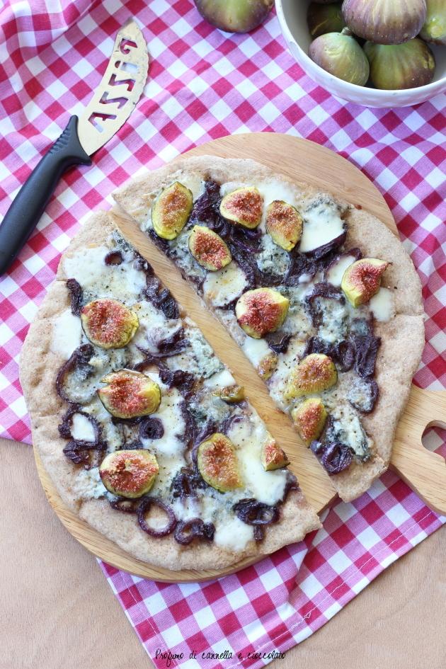 pizza fichi gorgonzola e cipolle caramellate (10)