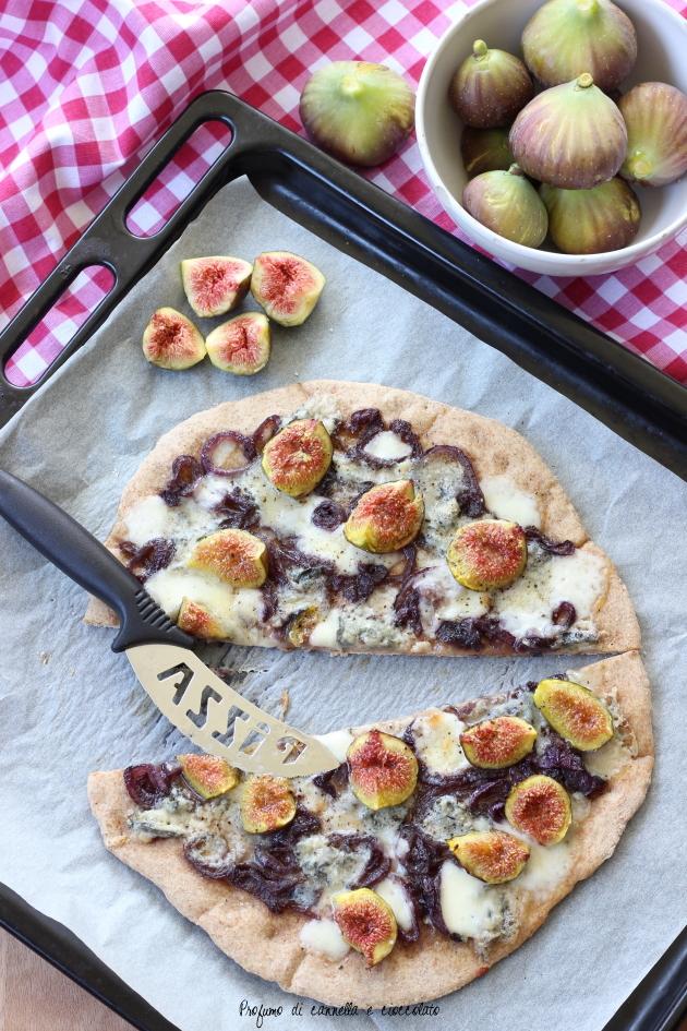pizza fichi gorgonzola e cipolle caramellate (8)