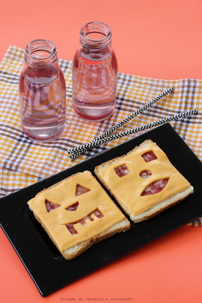 Jack-o'-Lantern Sandwiches (1)
