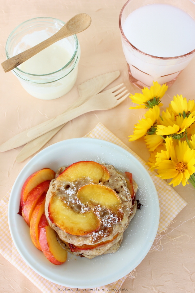 caramelized peach and oat pancakes (5)