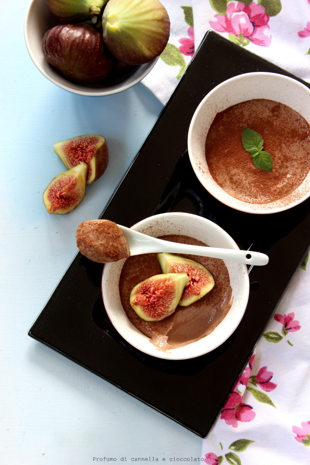 Mousse di ricotta al cioccolato senza zucchero