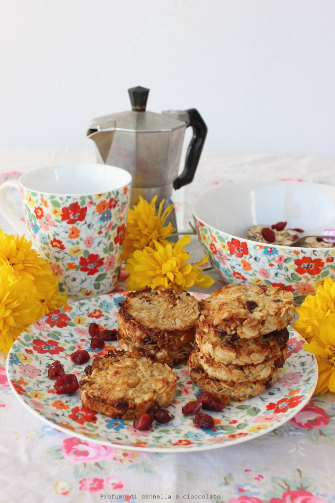biscotti all'avena ligh e vegan con banana e mirtilli (3)