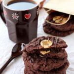 Christmas gift ideas: Biscotti al cioccolato e caramelle mou