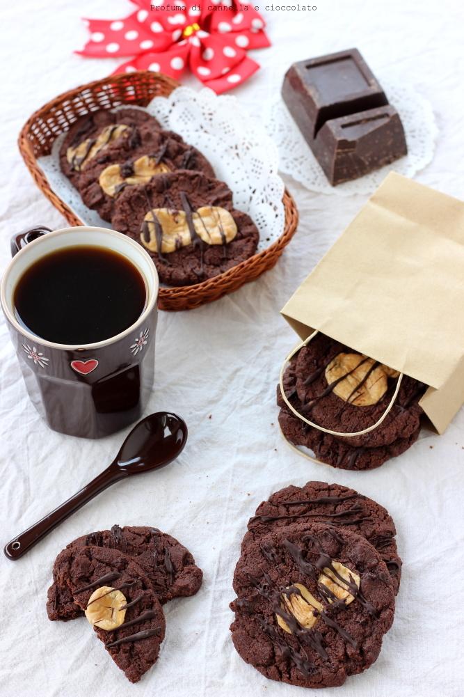 Biscotti al cioccolato e caramelle mou (8)