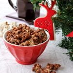 Christmas gift ideas: pop corn al cioccolato e ghirlanda di pop corn