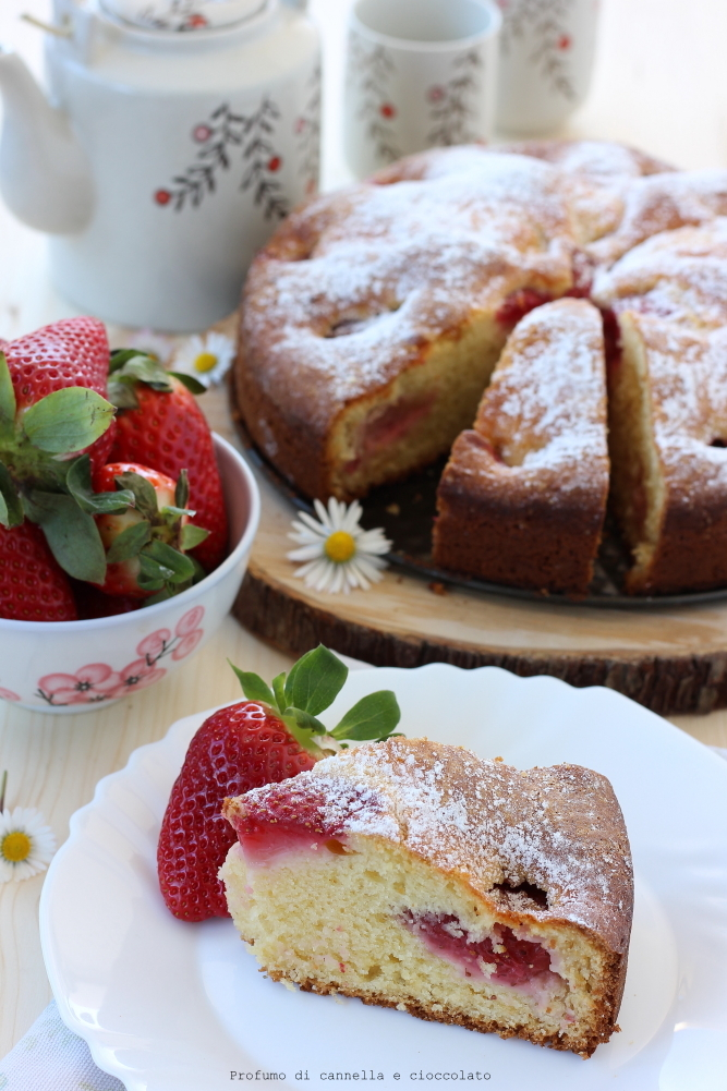Torta morbida alle fragole e mescarpone (10)