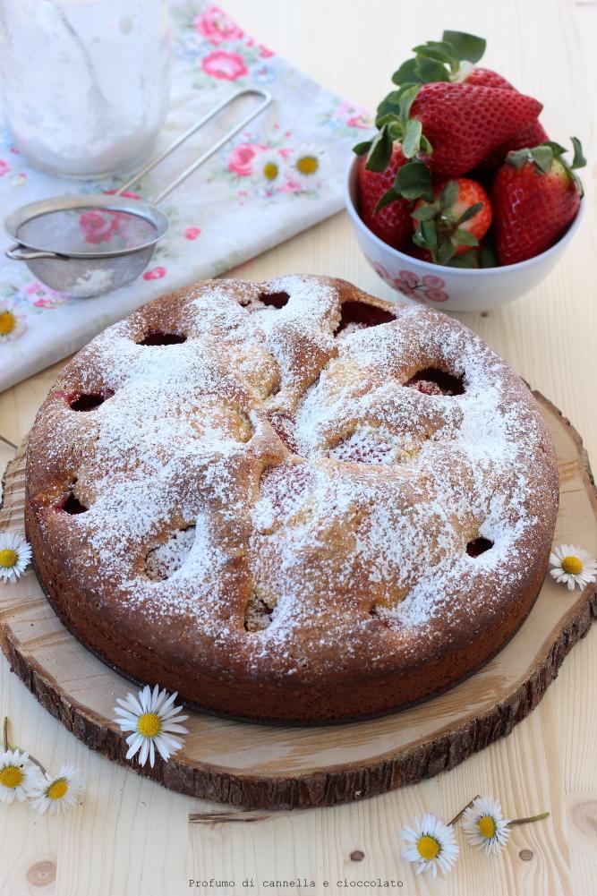 Torta morbida alle fragole e mescarpone (2)