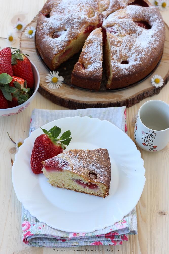 Torta morbida alle fragole e mescarpone (7)