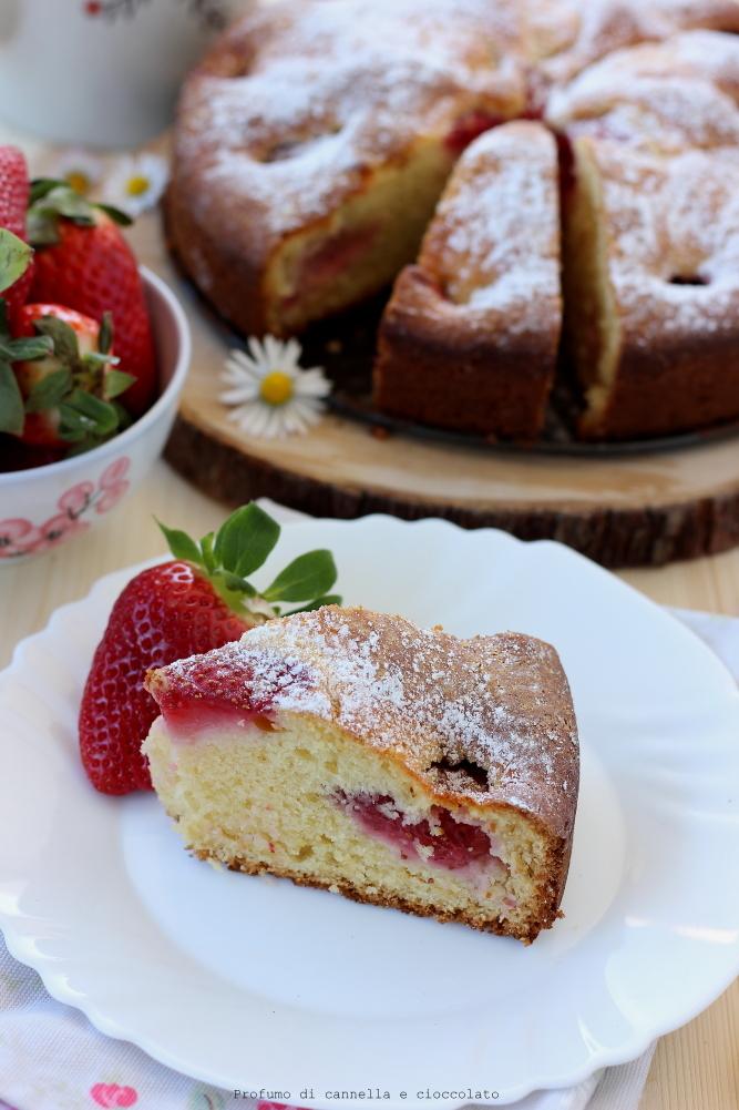 Torta morbida alle fragole e mescarpone (9)