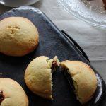Biscotti ripieni alla marmellata
