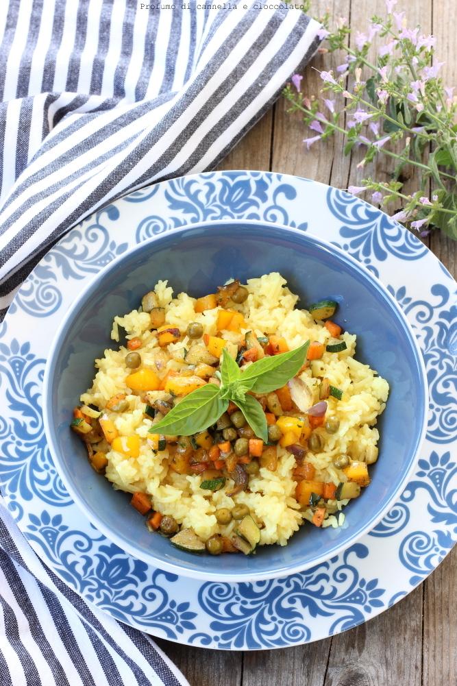 Riso basmati con verdure croccanti e salsa di soia (1)