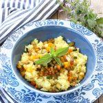 Riso basmati con verdure croccanti e salsa di soia