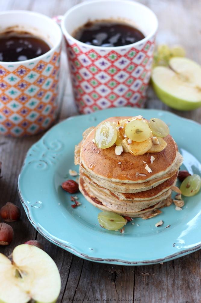 Pancakes alle nocciole con farina di farro senza lattosio