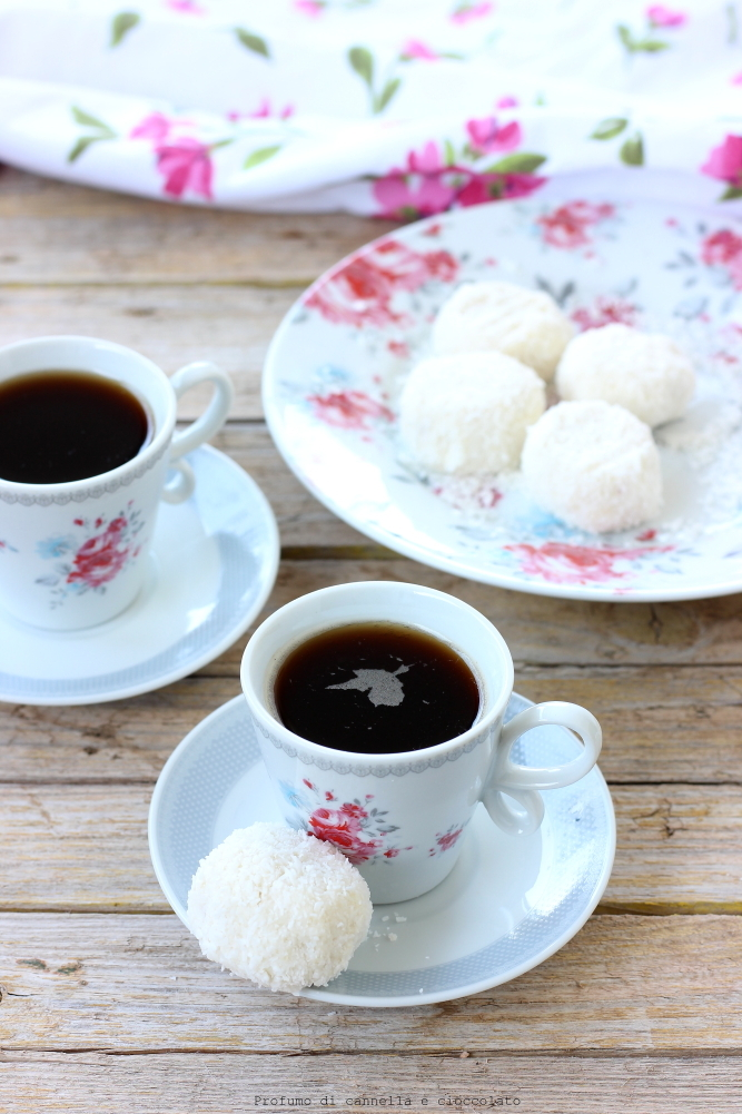 tartufini-allo-yogurt-cocco-e-mandorle-4