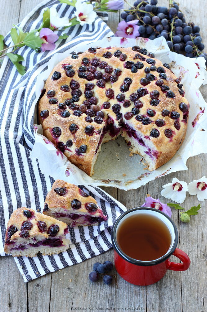 torta-con-uva-fragola