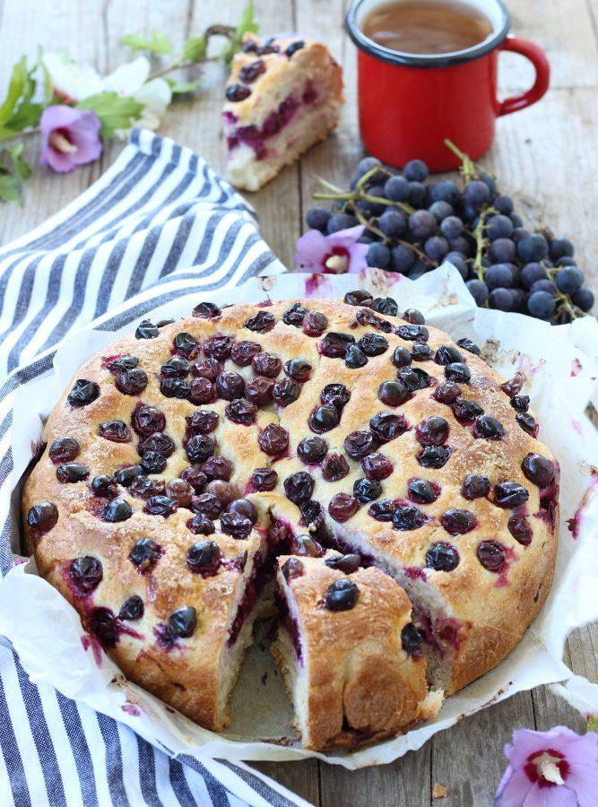 torta-lievitata-con-uva-fragola-3