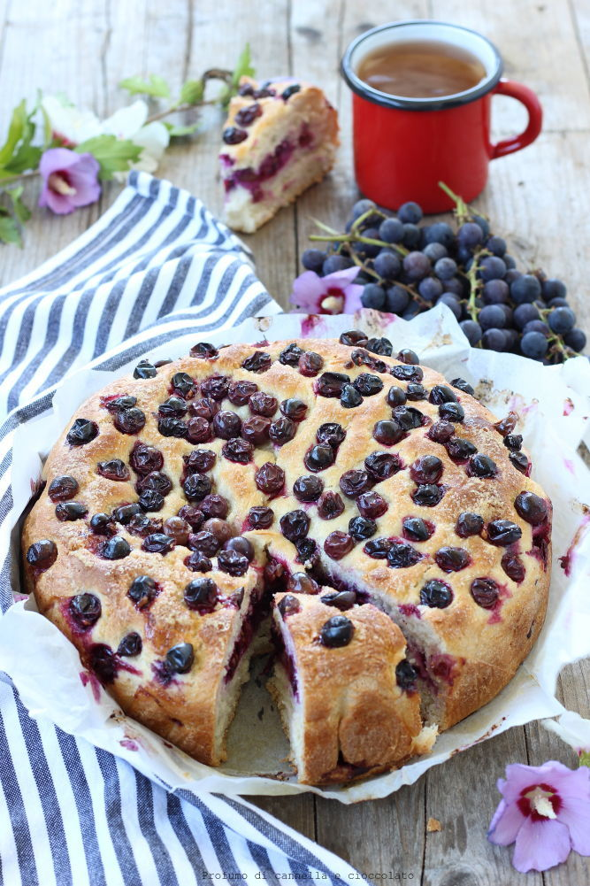 Torta all'uva fragola: Torta Bertolina