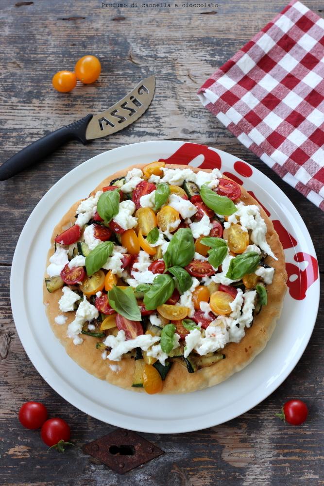pizza-alta-e-soffice-alle-verdure-e-mozzarella-di-bufala-3