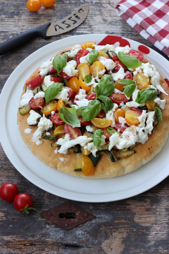 pizza-alta-e-soffice-alle-verdure-e-mozzarella-di-bufala-4