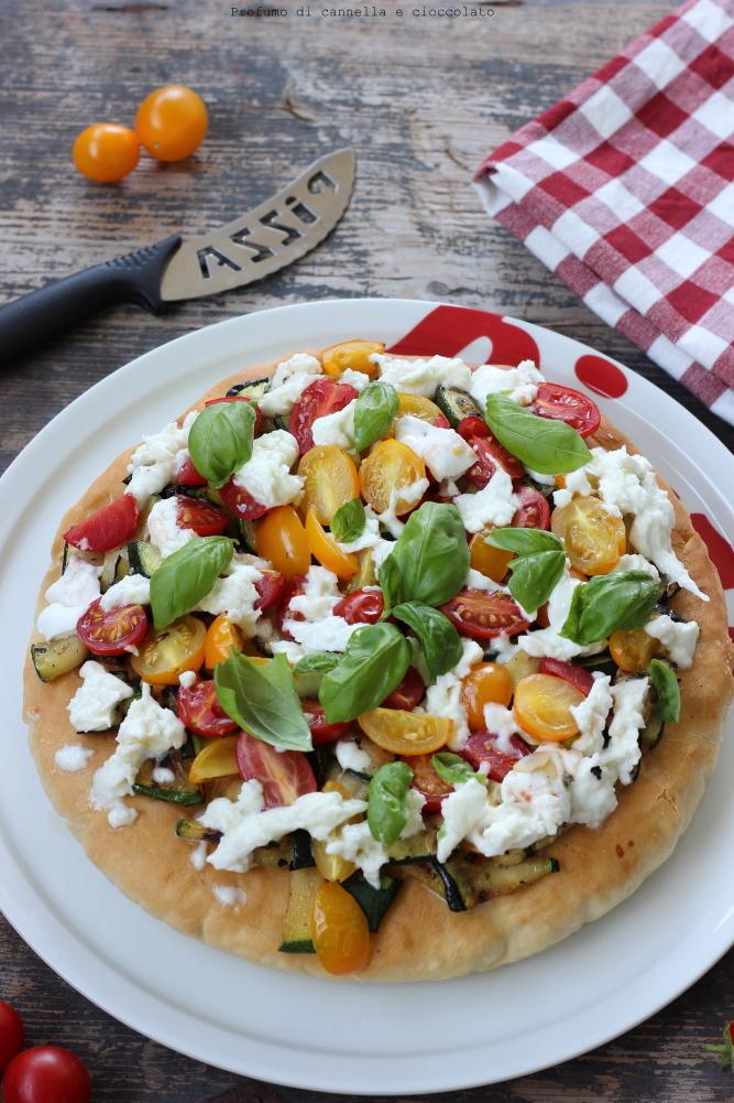 pizza-alta-e-soffice-alle-verdure-e-mozzarella-di-bufala-5