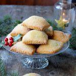 Ravioli dolci al forno piacentini con ripieno di castagne