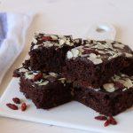 Brownies al cioccolato e bacche di goji