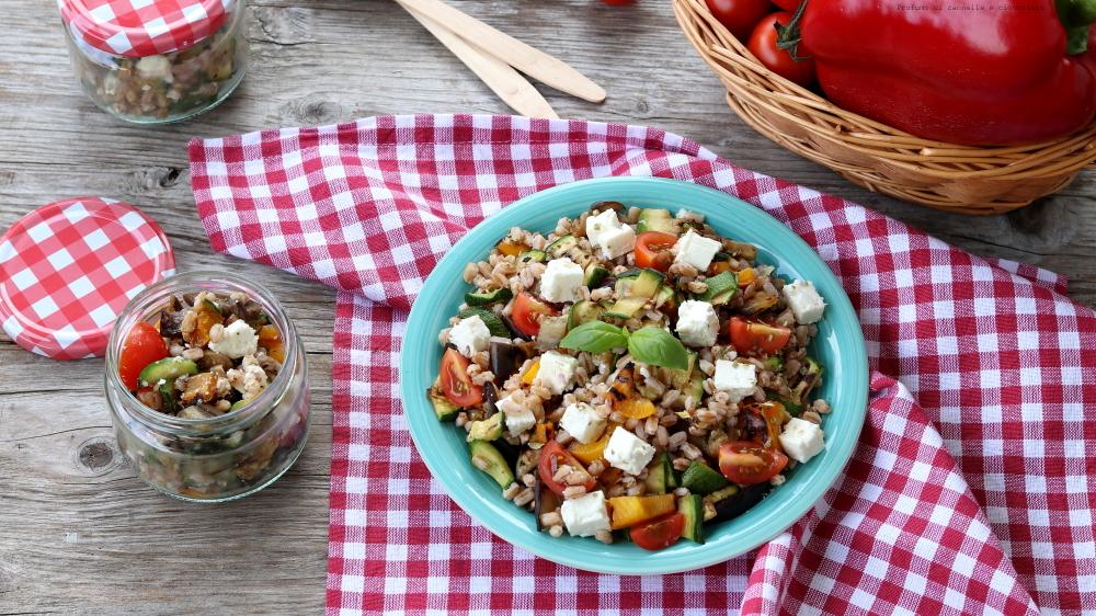 insalata di farro con ratatouille di verdure