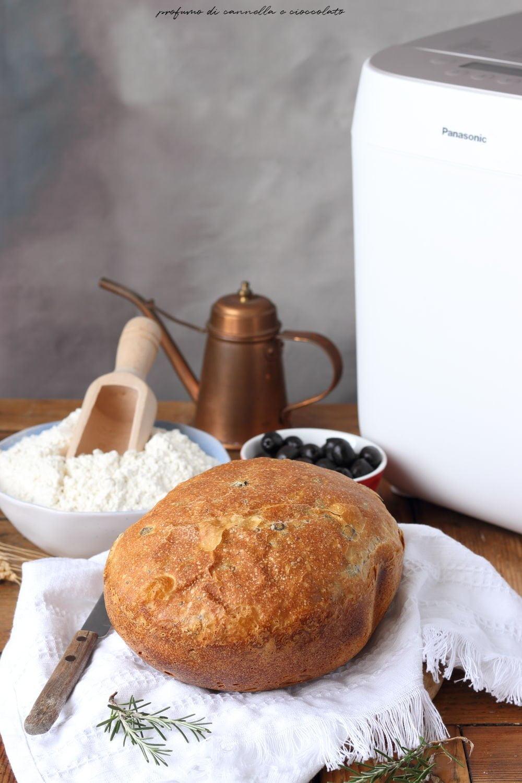 Pane con macchina del pane croustina