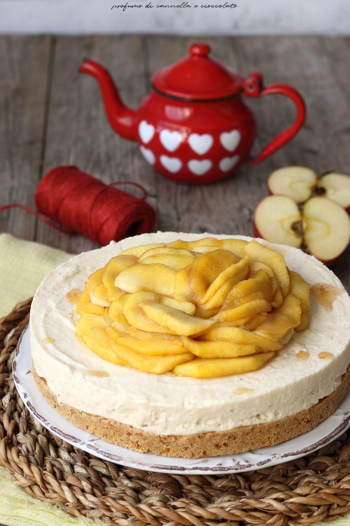 Cheesecake alla cannella e mele caramellate