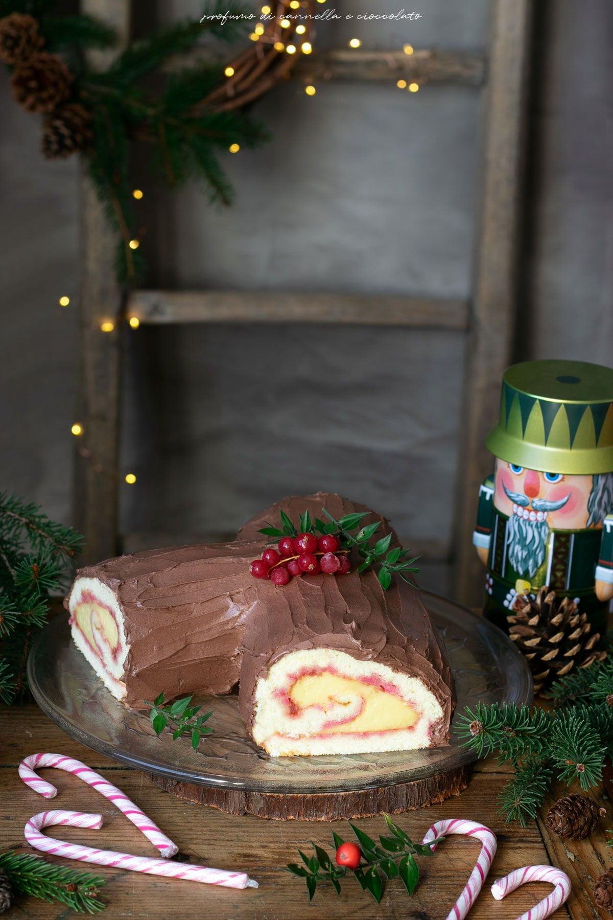 Tronchetto al cioccolato e crema pasticcera