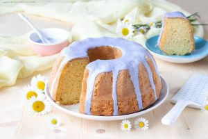bundt cake glassata