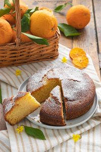 Torta mandorle e marmellata di arance