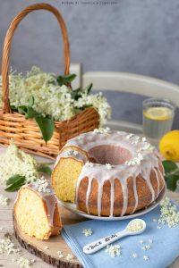 Pan di limone con sciroppo di fiori di sambuco