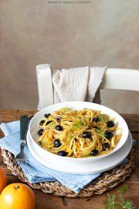 Linguine arancia acciughe olive e finocchietto