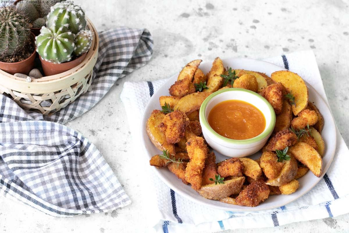 Straccetti di pollo fritti e patate