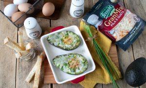 Avocado ripieno al forno con uova e Fila e Gusta