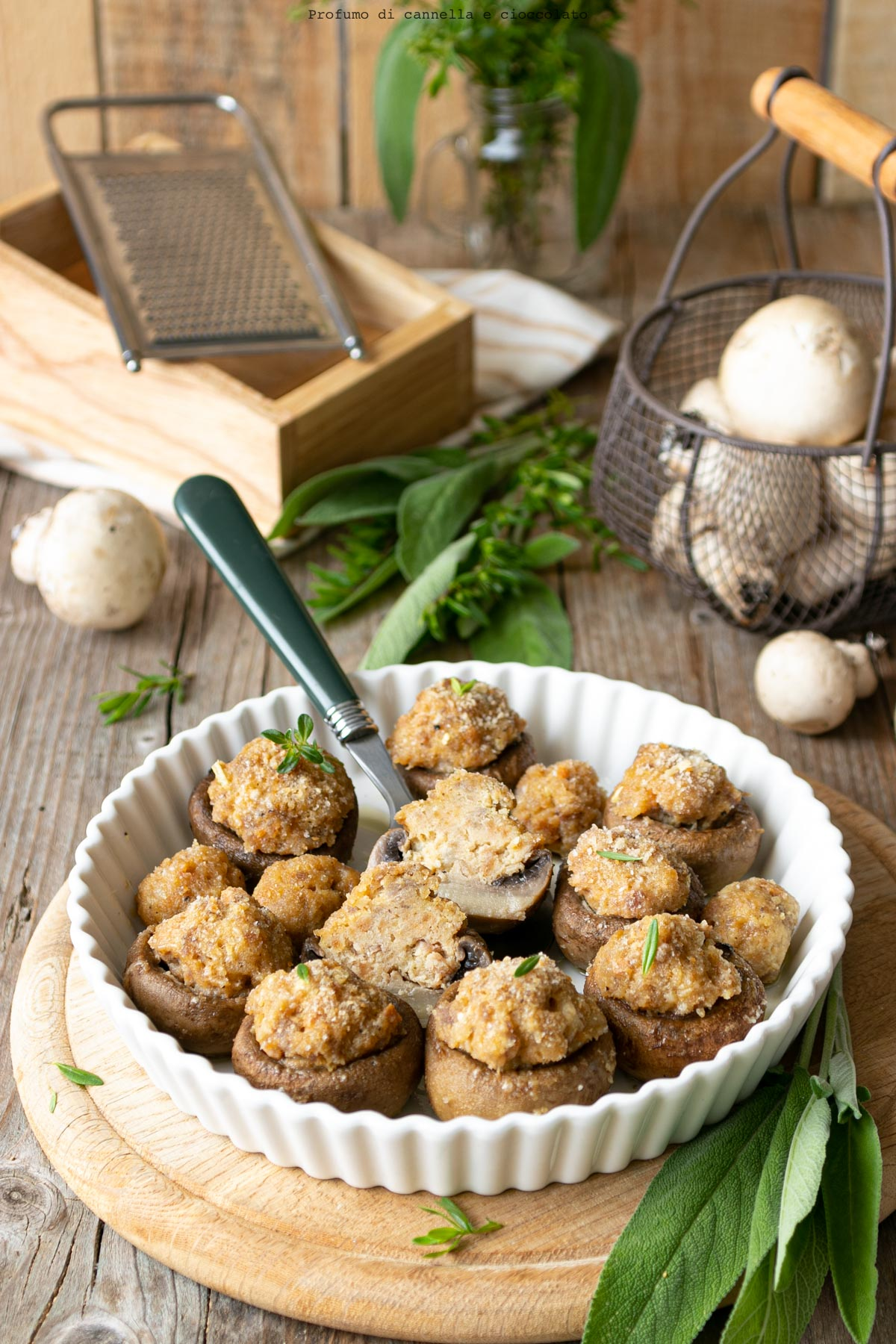 Funghi farciti con ripieno di carne
