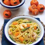Spaghetti alla chitarra con code di gambero, asparagi e mandarini