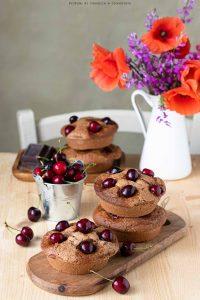 Tortine cioccolato e ciliegie